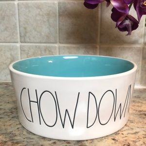 """🆕🐶 Rae Dunn 8"""" diameter pet food bowl. New"""